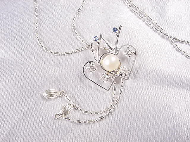 FN07 pearl necklace