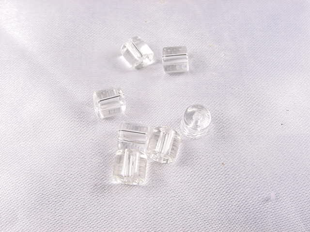OTH02 Cylindrical beads