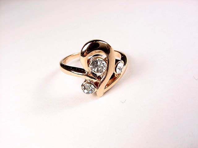 15 Ring size: 6