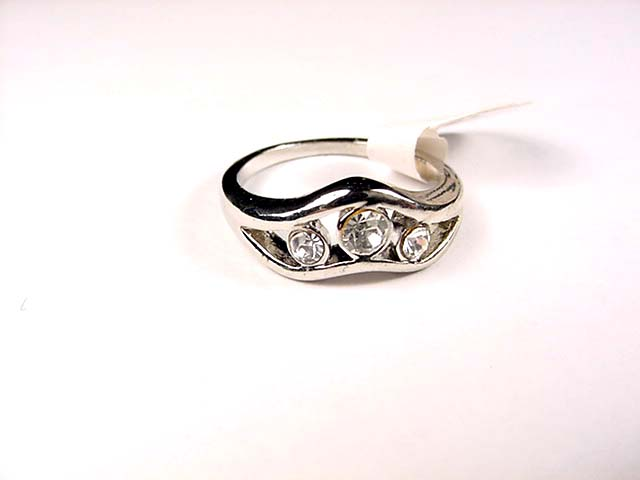 24 Ring size: 8