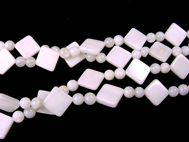 W029 Shell beads