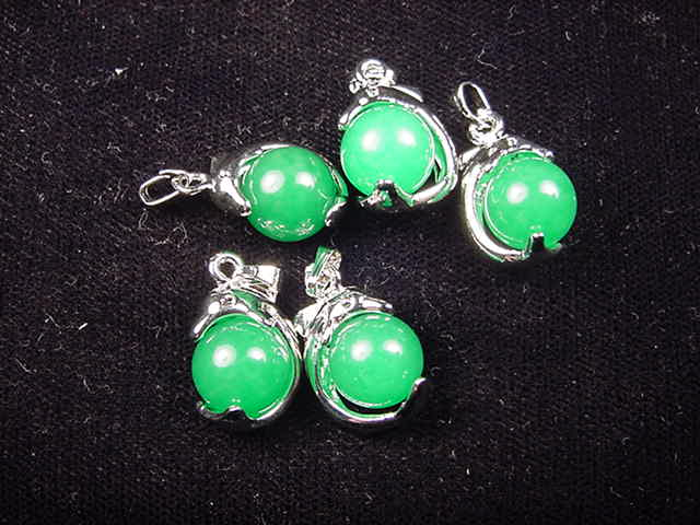 WP017 Green jade (10 pc)